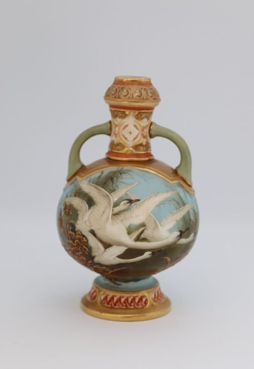 Royal Worcester Baldwyn small vase Image