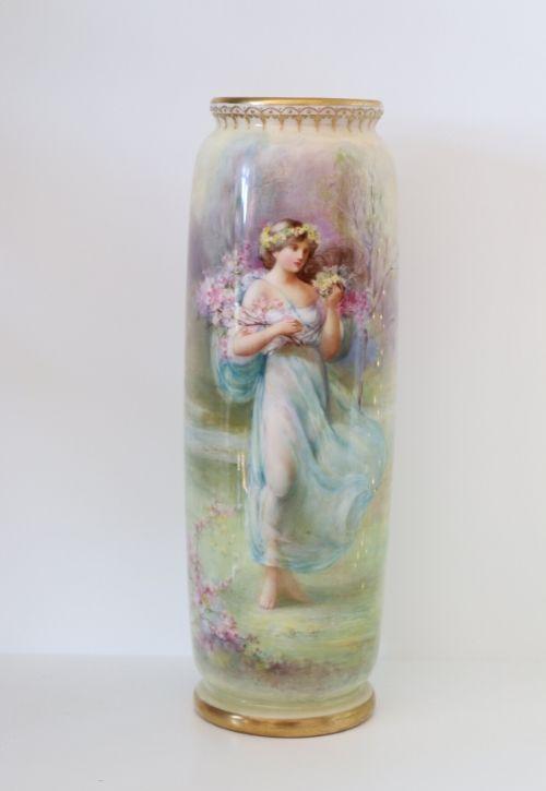 Doulton George White cylindrical vase Image